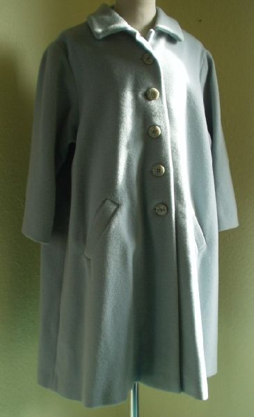 Wintermantel, Wolle  hellblau  Größe 140